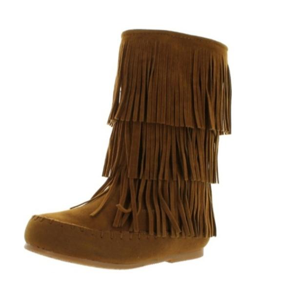 Pierre Dumas Shoes - Fringe Moccasin Boot